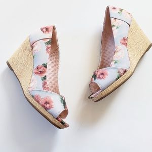 Toms Blue Pink Floral Canvas Wedge